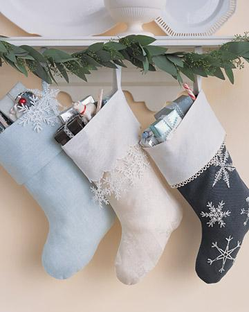 christmas_ornament_snow_socks