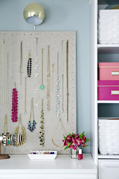 Painel para organizar bijuteria