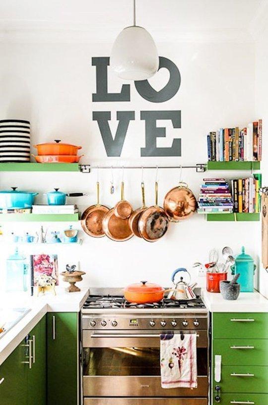 Cozinha decorada com utensílios