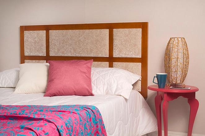 Como-reformar-o-quarto-gastando-pouco-como-decorar-com-um-abajur