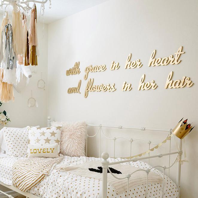 decoracao dourada para quartos femininos
