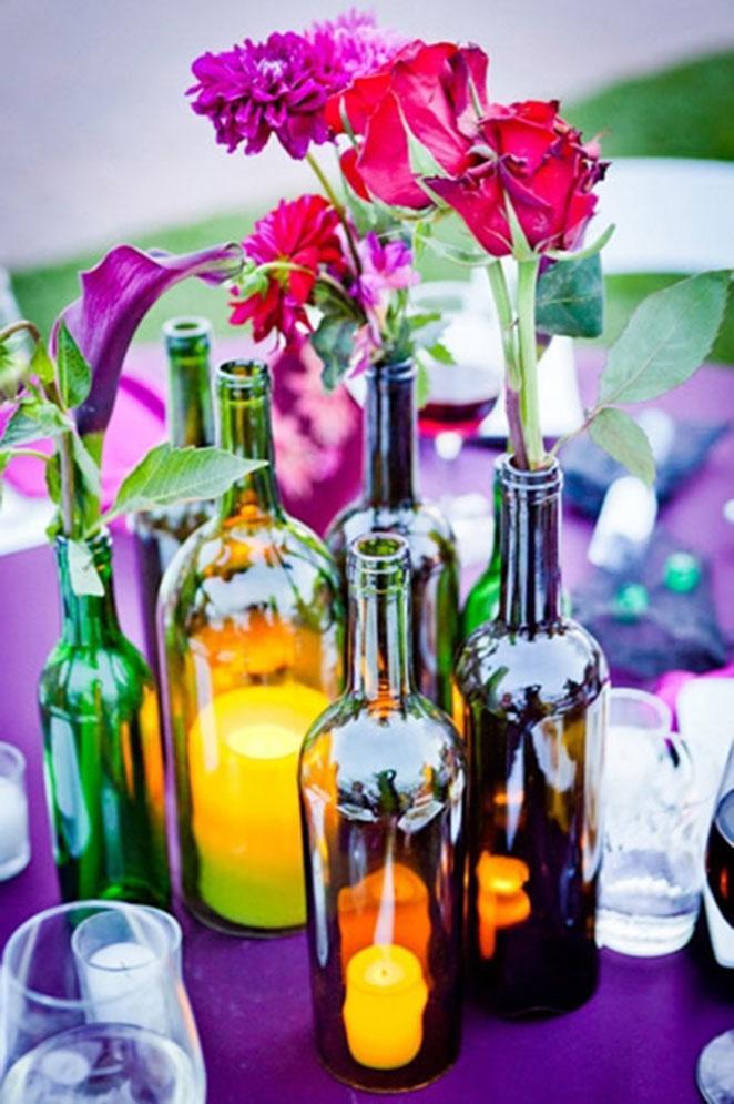 garrafas e potes decorados com vela para jantar romântico