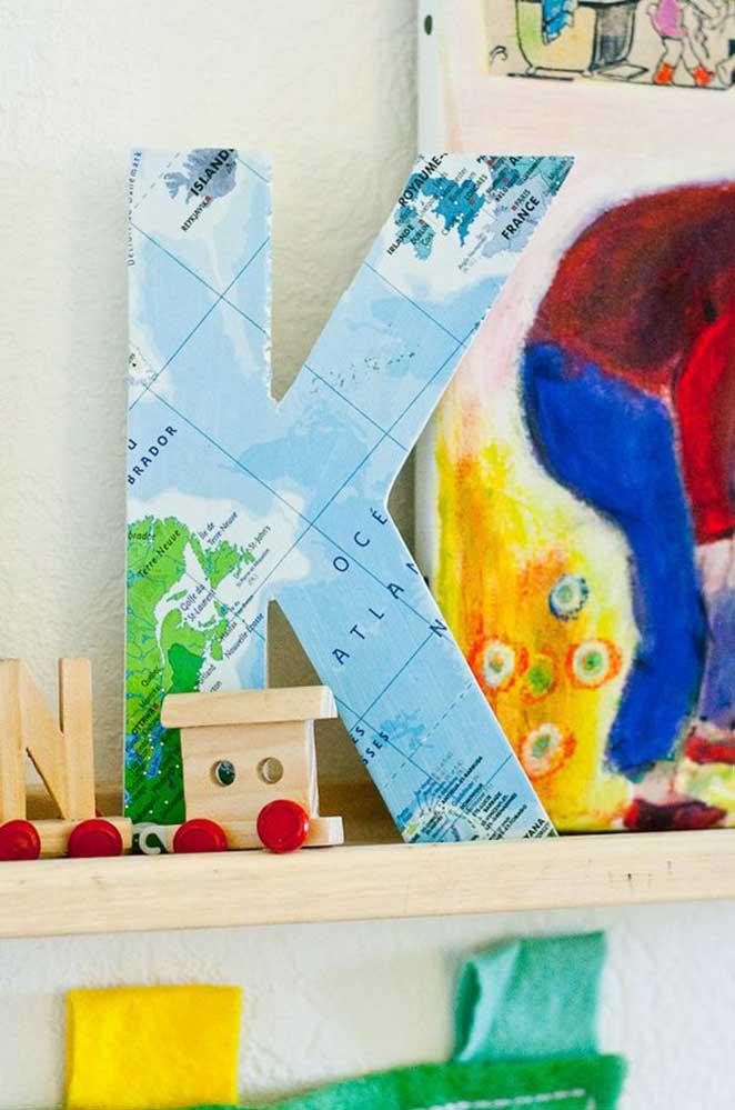 decoracao de viagem com letras decorativas