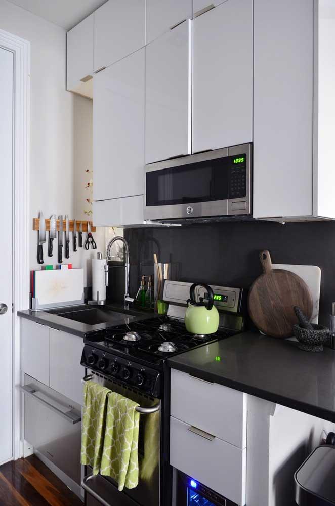 cozinha de apartamento pequeno decorado