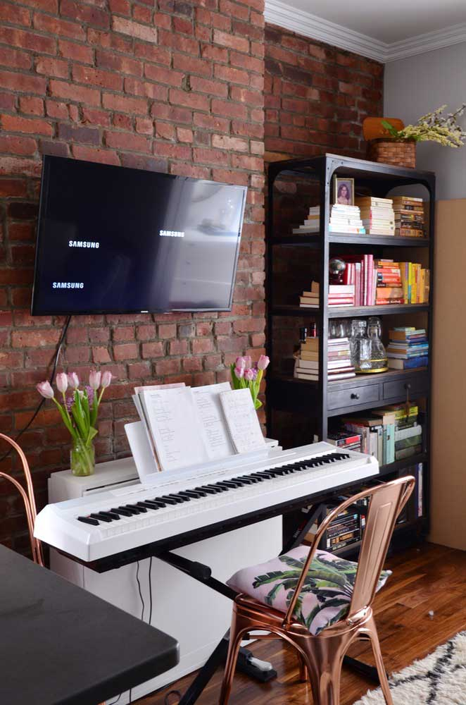 aparador de apartamento pequeno decorado
