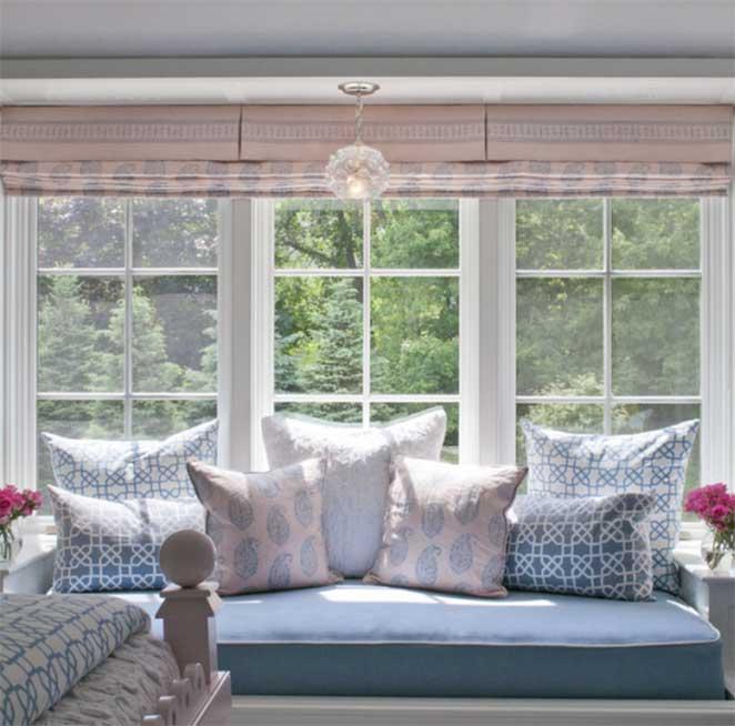 Cantinho de leitura no quarto for Bedroom designs with window seat