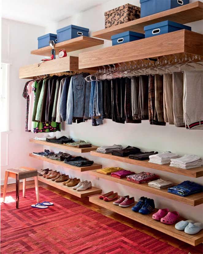 closet feminino de madeira