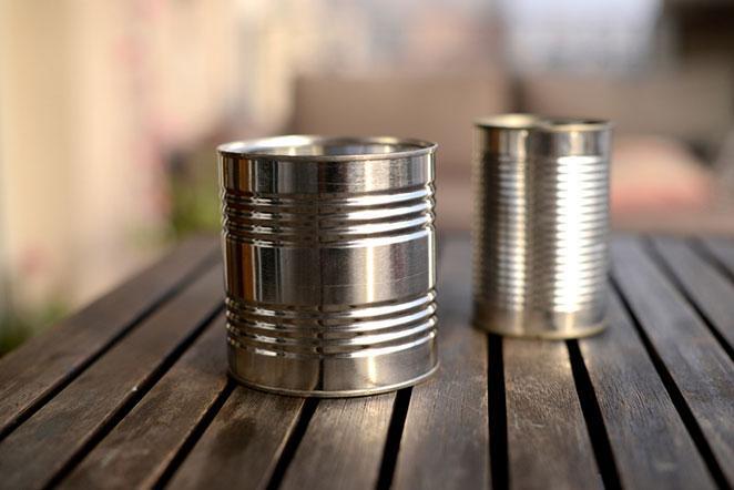 como fazer porta-treco de lata de aluminio