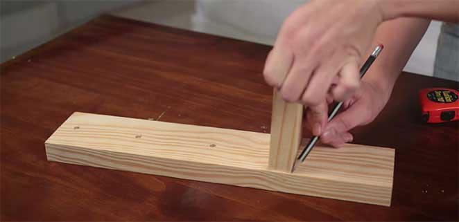 Como-fazer-uma-luminaria-de-mesa-marcacao-pe