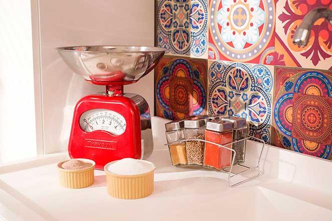Cozinha-compacta-detalhe-balanca