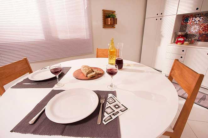Cozinha-compacta-mesa
