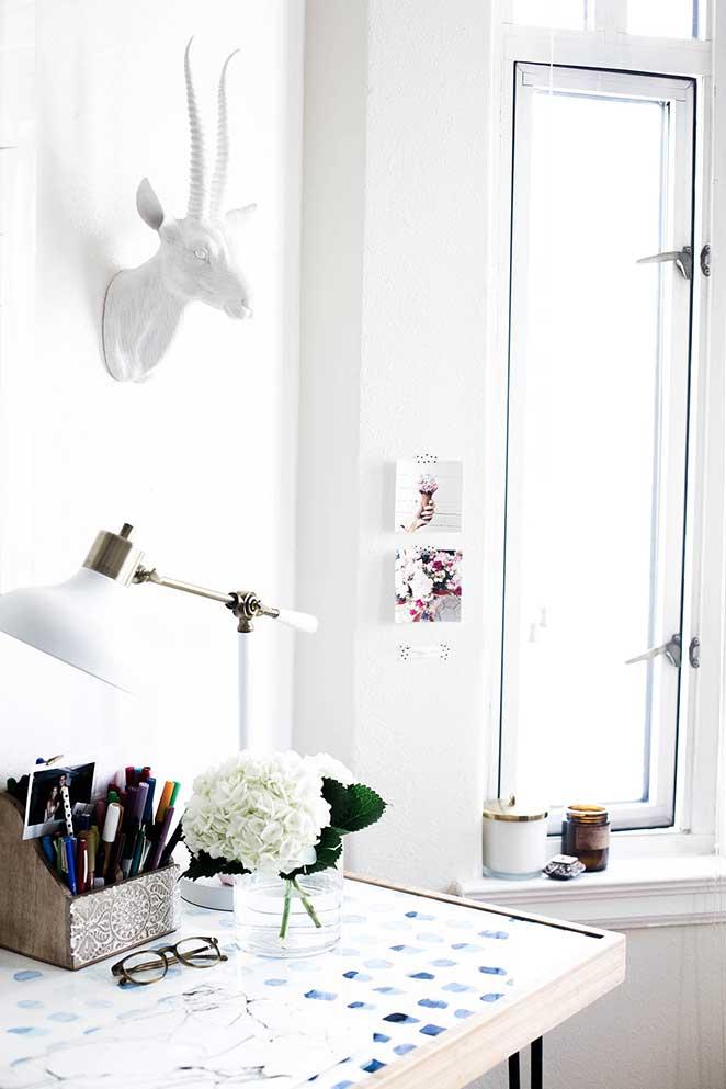 decoracao-simples-para-quitinete-escritorio-janela