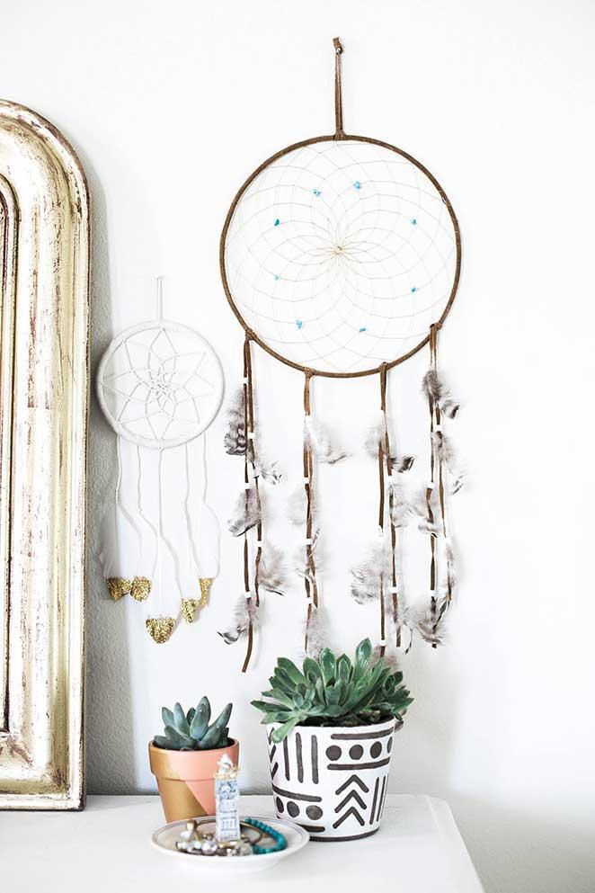decoracao-simples-para-quitinete-penteadeira-detalhes