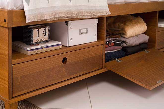 quarto-de-casal-funcional-cama-com-nichos