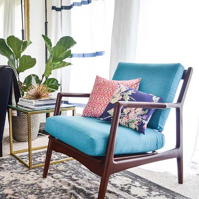 Decoracao-confortavel-sala-de-estar-poltrona