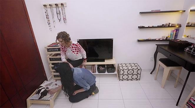 quarto multifuncional com sala de estar e camarim