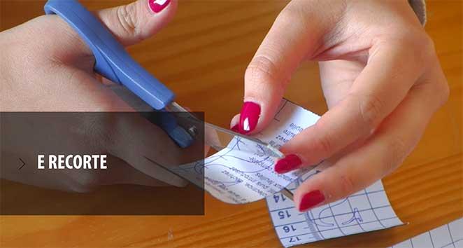 calendario-permanente-com-papel-contact-letras-recorte