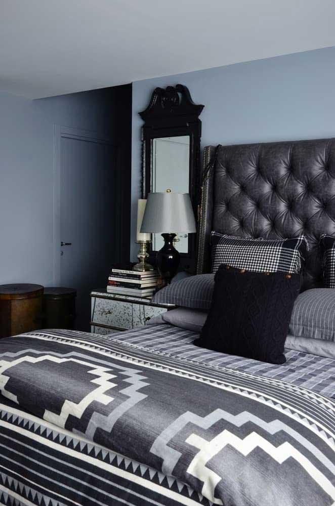 decoracao-cinza-e-vermelho-quarto-cama