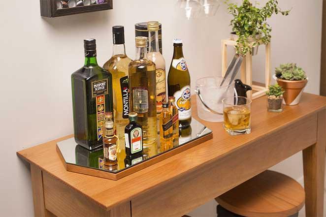 Sala Pequena Com Barzinho Moderno ~ Montamos um bar para sala incrível para você copiar e ainda aprender