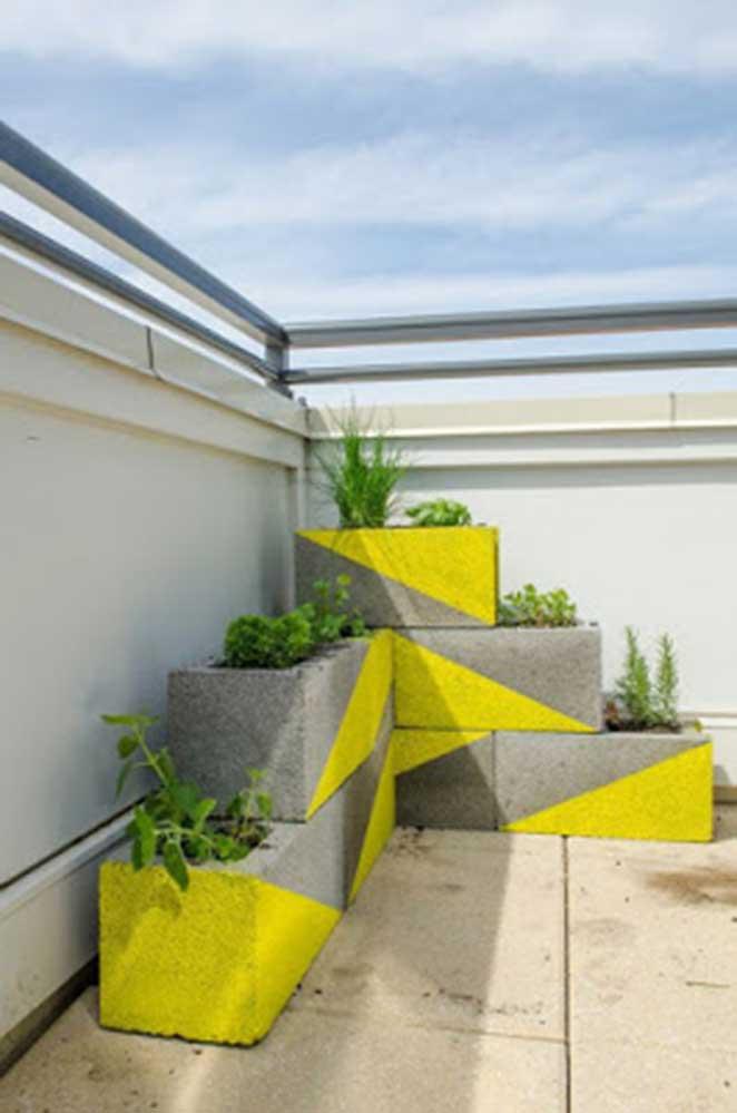 blocos-de-concreto-cachepo-amarelo