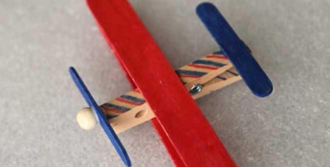 DIY avião de palito de picolé