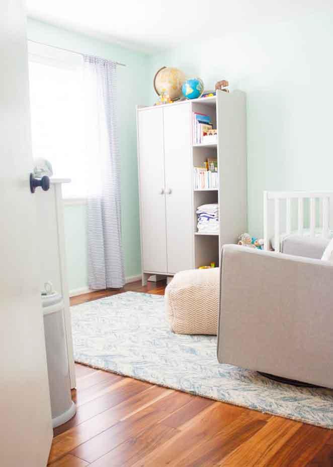 azul-na-decoracao-quarto-de-bebe-cinza