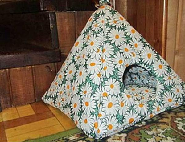 how to make a cat tent without hangers