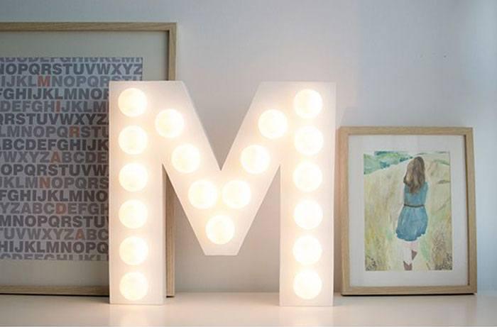diy letra decorativa com luz