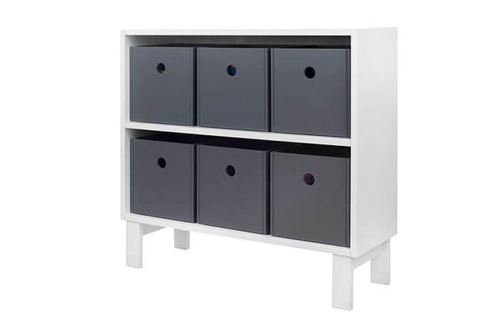 Estante com caixas organizadoras tools