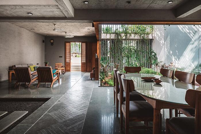 Sala de jantar e estar com varanda