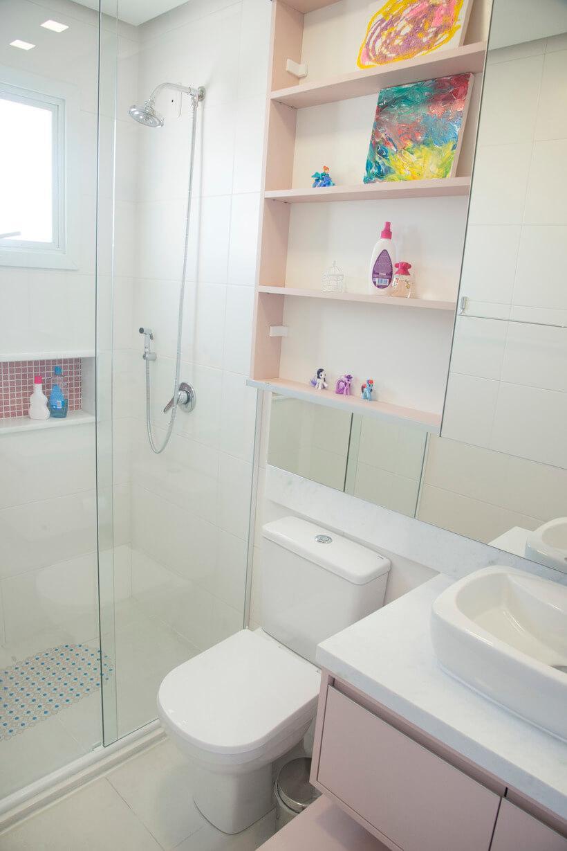 banheiro do quarto de menina infantil