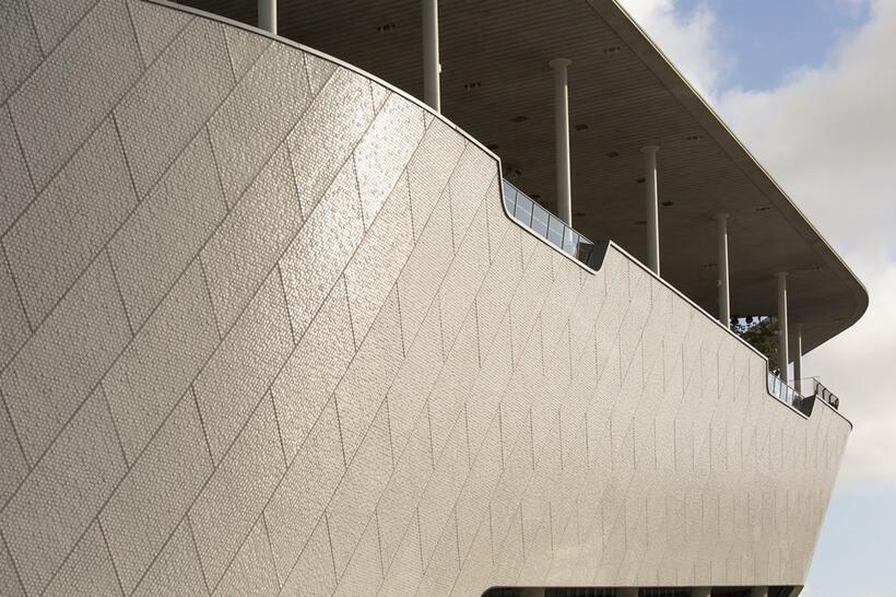 detalhe do acabamento do museu em miami inspirado em decoracao minimalista