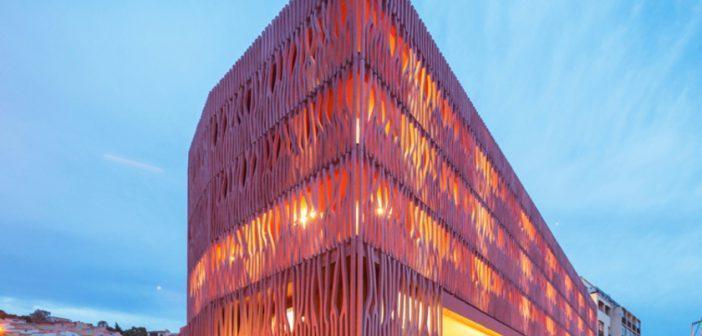 Como usar o Living Coral na decoração e na arquitetura
