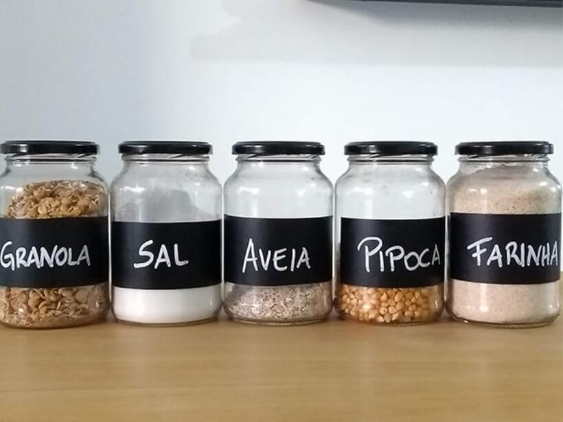 #5 Personalize potes de vidro
