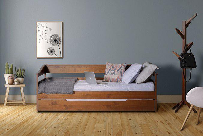 sofá-cama vom almofadas