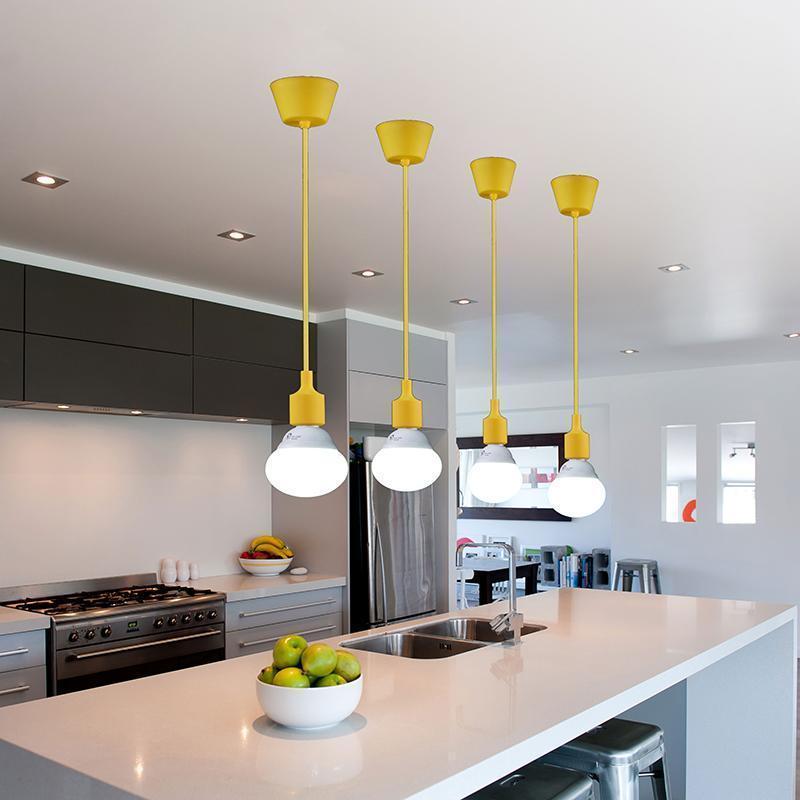 cozinha dos sonhos com iluminação embutida