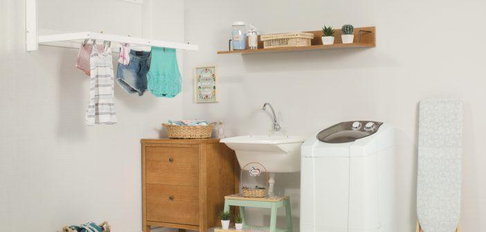 Lavanderia pequena e organizada